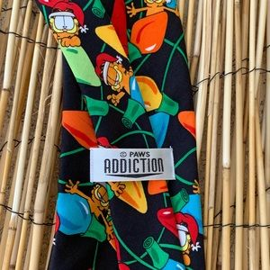 paws addiction Accessories - PAWS ADDICTION GARFIELD CHRISTMAS TIE
